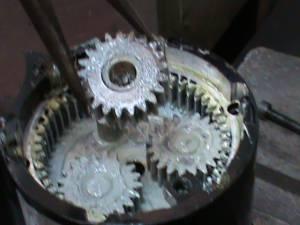 gears of Harley Davidson reverse motor